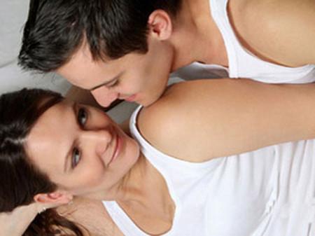Cách kiềm chế ham muốn của bạn trai