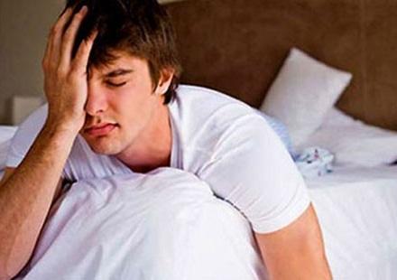 Quay tay không xuất tinh có thể do cơ thể mệt mỏi, suy nhược hoặc do vấn đề tâm lý.